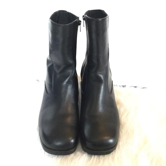 Santana Canada 83 Black Leather Boots